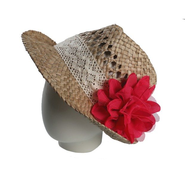 Sraw hat with flower